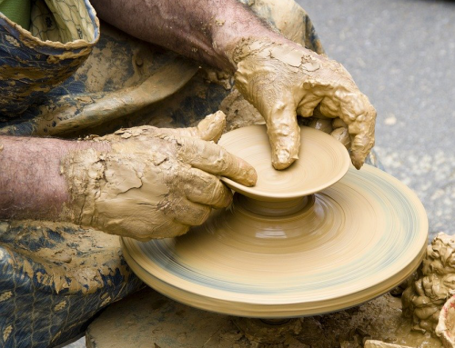 3 Benefits of Using Ceramic to Decorate Your House